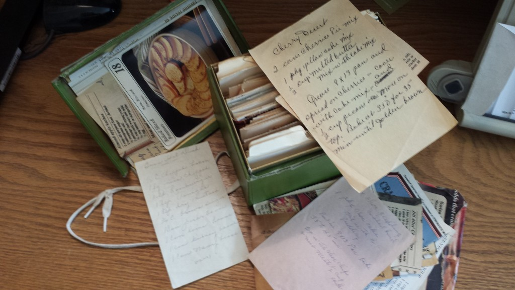 Recipe box - Mildred Bartels - McClelland's Beach - Spirit Lake - IA - 51360